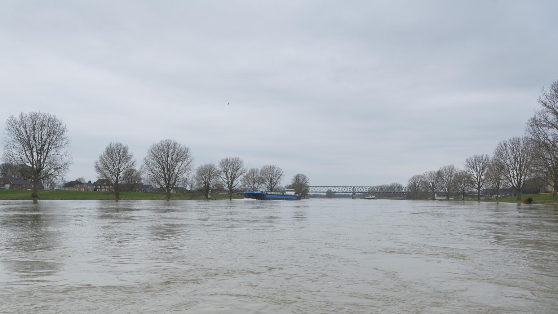 zicht op Katwijk (Nb.) en Heumen vanaf Mook